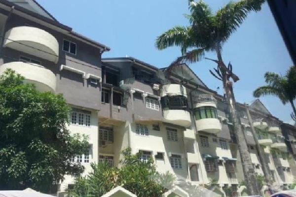For Sale Condominium at Mutiara Perdana 1, Sungai Ara Freehold Semi Furnished 3R/2B 350k