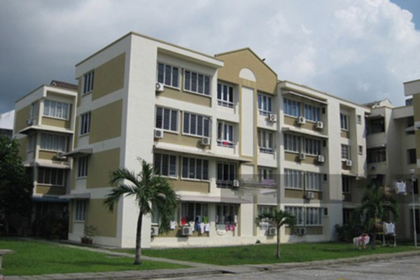 For Rent Apartment at Mawar Apartment, Sungai Nibong Freehold Semi Furnished 3R/2B 950translationmissing:en.pricing.unit