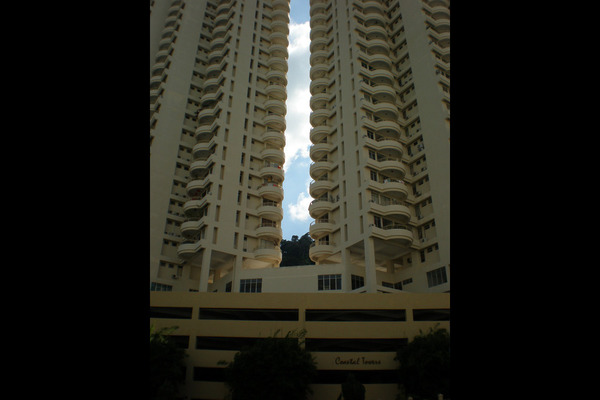 For Sale Condominium at Coastal Towers, Tanjung Bungah Freehold Fully Furnished 2R/2B 585k