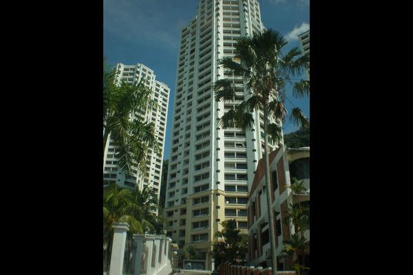 For Sale Condominium at Miami Green, Batu Ferringhi Freehold Fully Furnished 3R/2B 750k