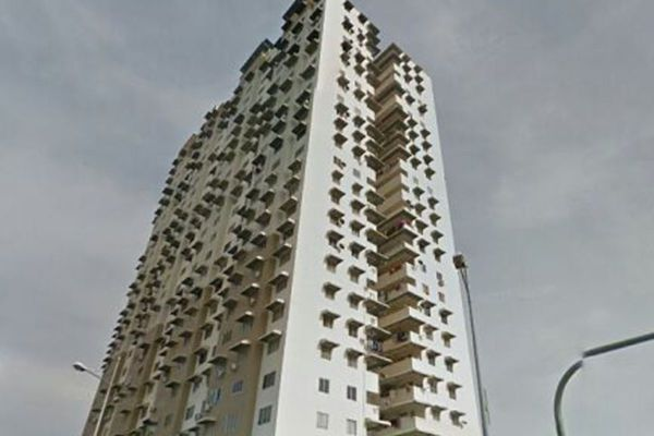 For Sale Apartment at Taman Mutiara Vista, Jelutong Freehold Unfurnished 3R/2B 250k