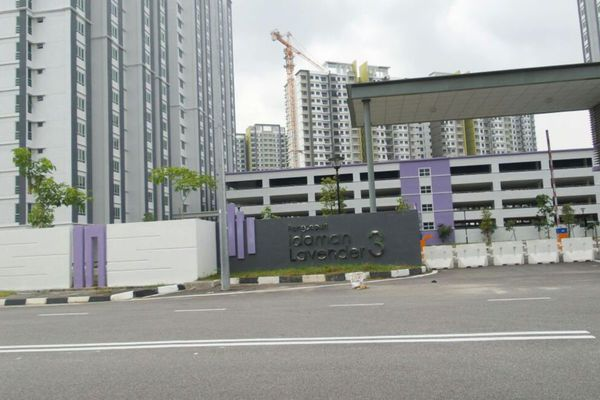For Sale Condominium at Idaman Lavender, Sungai Ara Freehold Unfurnished 3R/2B 339k