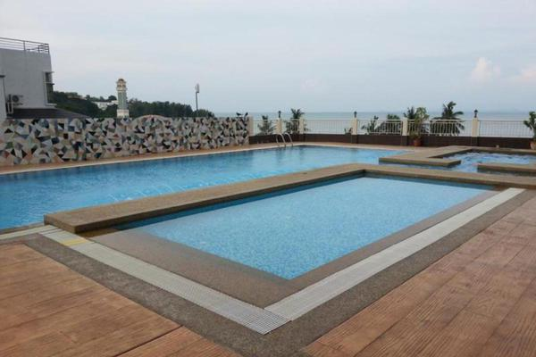 For Rent Condominium at Grand Ocean, Tanjung Bungah Freehold Semi Furnished 3R/2B 2.4k