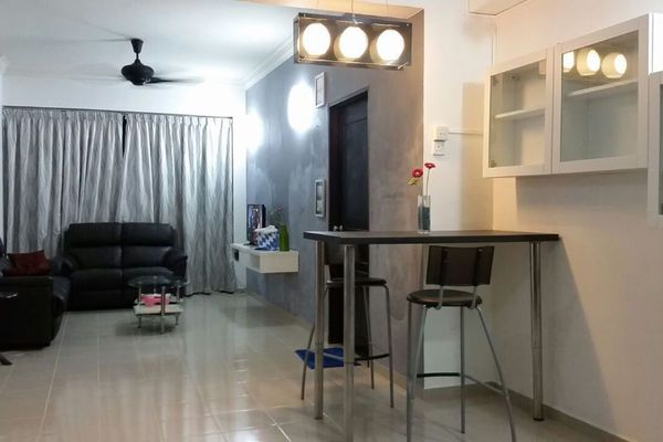 For Rent Condominium at Sunny Ville, Batu Uban Freehold Fully Furnished 3R/2B 1.4k