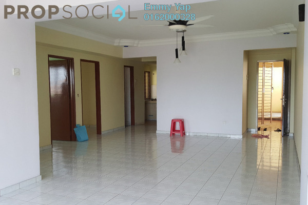 For Sale Apartment at Sri Camellia Apartment, Kajang Freehold Semi Furnished 3R/2B 330k