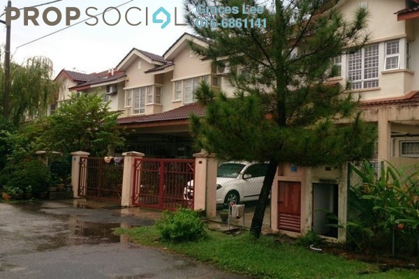 For Sale Terrace at Taman Putra Prima, Puchong Freehold Semi Furnished 4R/3B 668k