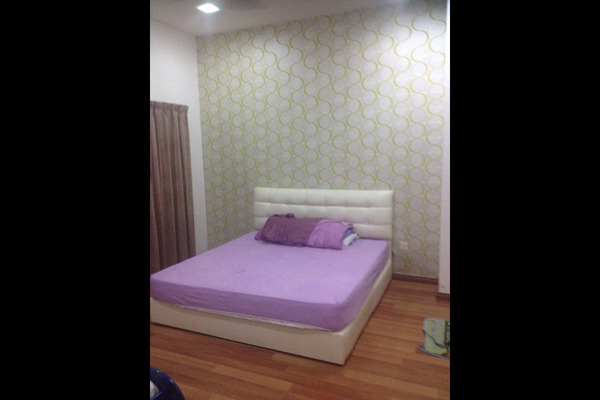 For Sale Townhouse at Bayan Villa, Seri Kembangan Freehold Semi Furnished 2R/2B 385k