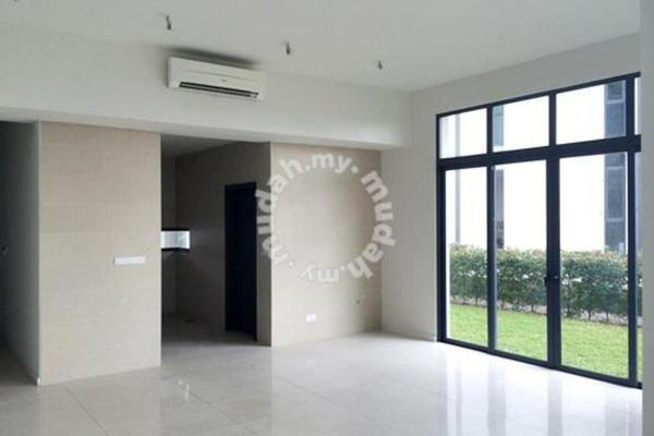 For Sale Superlink at Casaman, Desa ParkCity Freehold Semi Furnished 5R/6B 3.3m