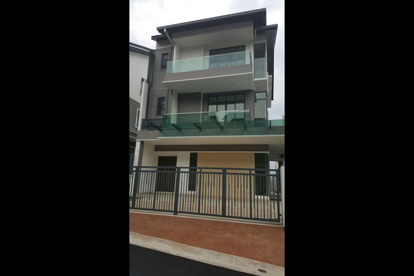 For Sale Bungalow at ForestHill Damansara, Bandar Sri Damansara Leasehold Unfurnished 5R/6B 3.17m