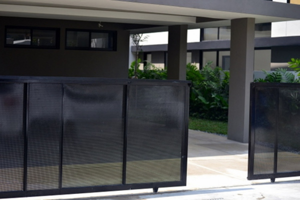 For Rent Bungalow at 20trees, Melawati Freehold Semi Furnished 5R/8B 12k