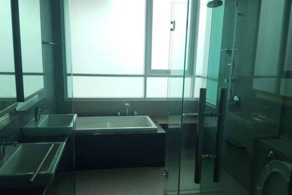 For Rent Condominium at Uptown Residences, Damansara Utama Freehold Semi Furnished 4R/5B 3.5k
