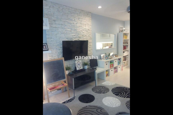 For Sale Condominium at Casa Indah 1, Tropicana Leasehold Semi Furnished 3R/2B 690k