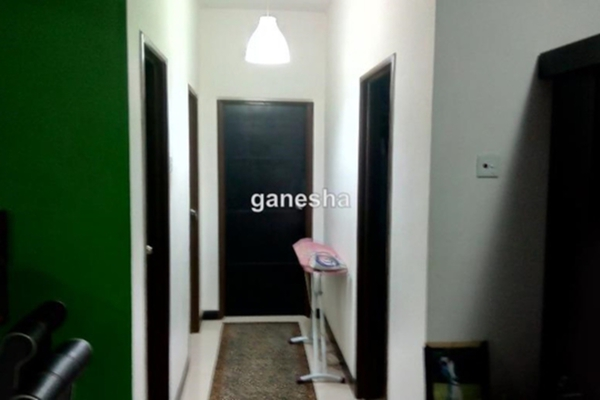 For Sale Apartment at Desa Idaman Residences, Puchong Freehold Semi Furnished 3R/2B 375k
