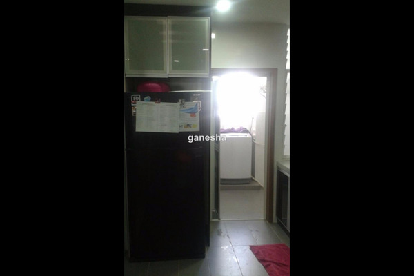 For Sale Condominium at Royal Regent, Dutamas Freehold Semi Furnished 3R/4B 1.3m