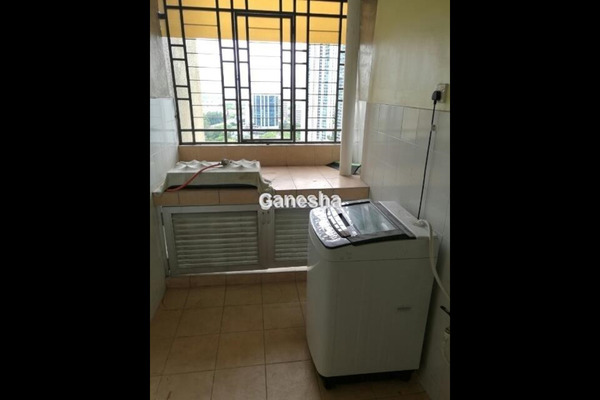 For Rent Condominium at Casa Tropicana, Tropicana Leasehold Semi Furnished 3R/3B 2.5k