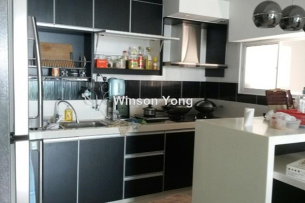 For Rent Condominium at The Zest, Bandar Kinrara Freehold Fully Furnished 3R/2B 2.5k