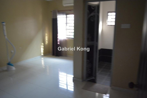 For Sale Terrace at BK4, Bandar Kinrara Freehold Semi Furnished 6R/4B 1.25m