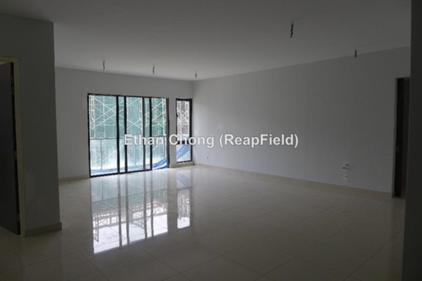 For Sale Condominium at 9INE, Batu 9 Cheras Freehold Unfurnished 3R/2B 788k