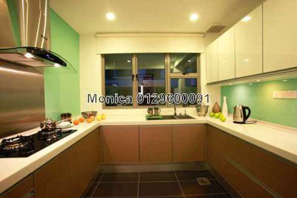 For Rent Condominium at 10 Mont Kiara, Mont Kiara Freehold Semi Furnished 4R/6B 10k