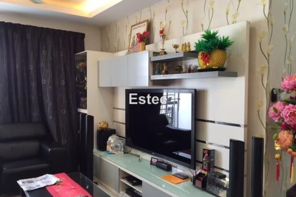 For Sale Condominium at Vistaria Residensi, Cheras Leasehold Semi Furnished 3R/2B 750k
