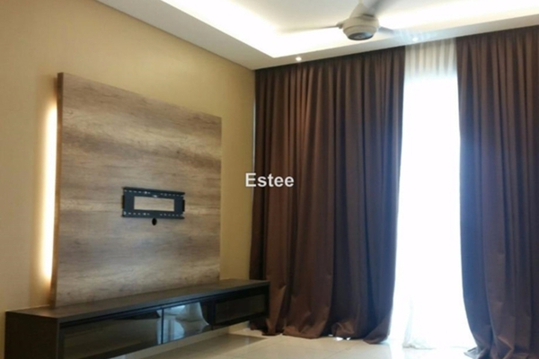 For Sale Condominium at The Regina, UEP Subang Jaya Leasehold Semi Furnished 3R/3B 666k