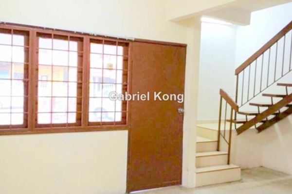 For Rent Terrace at Taman Puchong Perdana, Puchong Leasehold Semi Furnished 4R/2B 1.28k