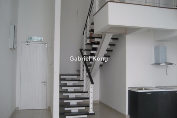 For Sale Duplex at The Scott Soho, Old Klang Road Leasehold Semi Furnished 2R/2B 718k