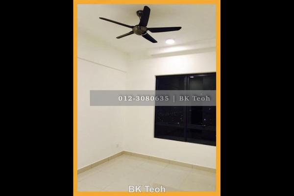 For Rent Serviced Residence at 8 Kinrara, Bandar Kinrara Leasehold Unfurnished 3R/2B 2k
