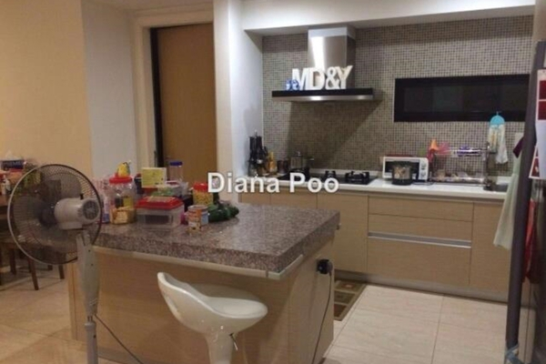 For Sale Condominium at Lumina Kiara, Mont Kiara Leasehold Semi Furnished 3R/3B 1.2m