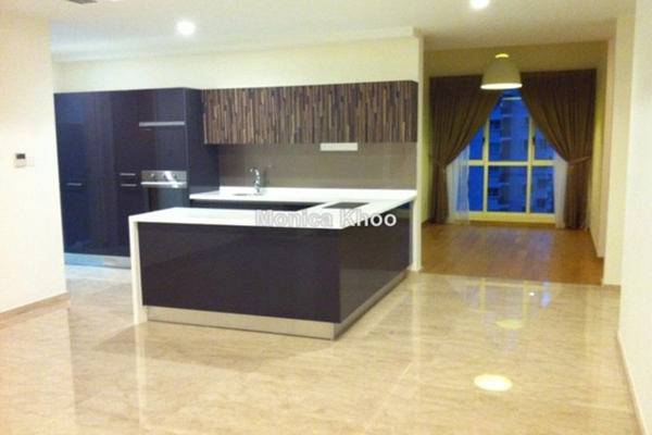 For Sale Condominium at 28 Mont Kiara, Mont Kiara Freehold Semi Furnished 3R/4B 2.1m