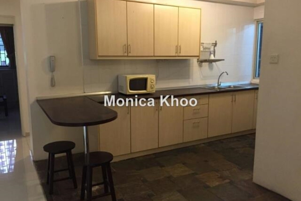 For Sale Condominium at Mont Kiara Palma, Mont Kiara Freehold Semi Furnished 3R/2B 980k