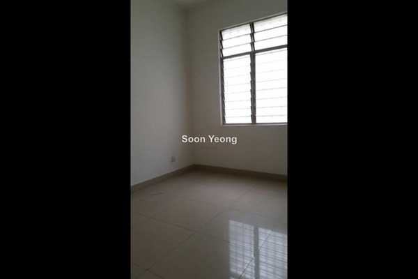 For Rent Terrace at Saujana Damansara, Damansara Damai Leasehold Semi Furnished 4R/3B 1.7k