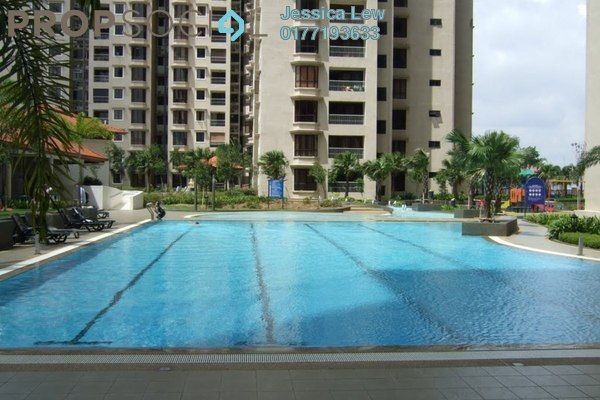 For Sale Condominium at Casa Tropicana, Tropicana Leasehold Semi Furnished 3R/2B 700k