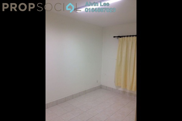 For Sale Condominium at Greenlane Park, Green Lane Freehold Semi Furnished 3R/2B 600k