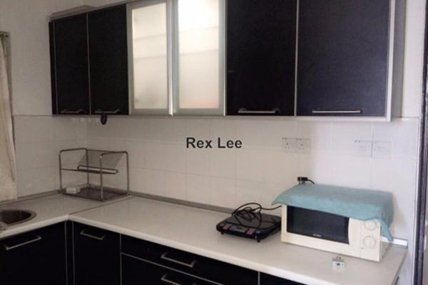 For Rent SoHo/Studio at Ritze Perdana 1, Damansara Perdana Leasehold Fully Furnished 0R/1B 1.3k