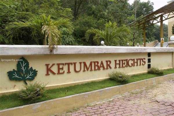For Sale Condominium at Ketumbar Heights, Cheras Leasehold Semi Furnished 2R/2B 320k