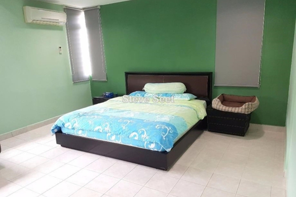For Sale Terrace at Seri Sungai Long, Bandar Sungai Long Leasehold Semi Furnished 4R/3B 1.3m