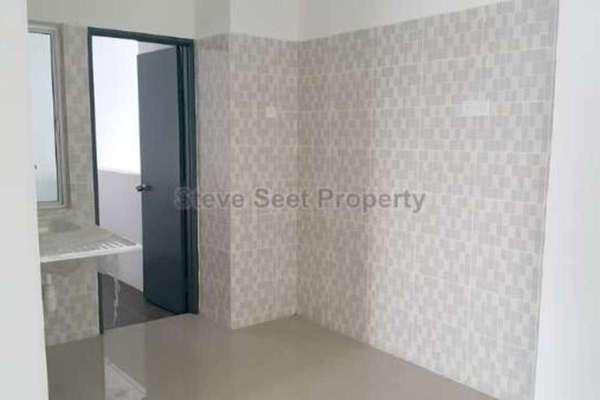 For Rent Condominium at Mahkota Residence, Bandar Mahkota Cheras Leasehold Unfurnished 3R/2B 1.35k