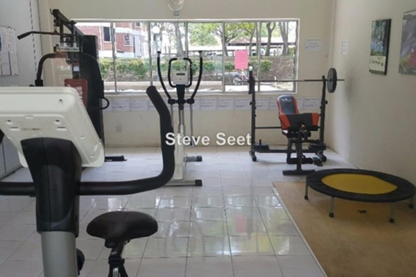 For Sale Condominium at Green Acre Park, Bandar Sungai Long Leasehold Semi Furnished 3R/2B 430k
