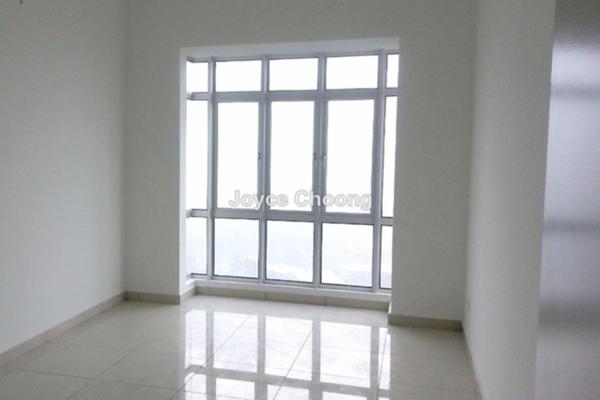 For Sale Condominium at Sky Vista Residensi, Cheras Leasehold Semi Furnished 3R/2B 700k