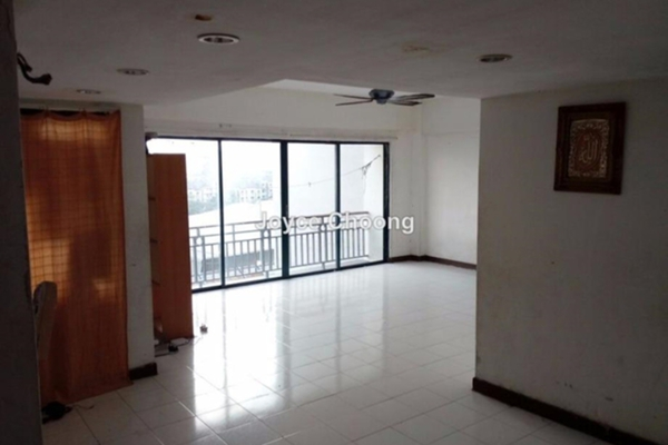 For Sale Condominium at Tiara Ampang, Ampang Leasehold Unfurnished 3R/2B 400k