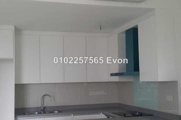 For Sale Condominium at Three28 Tun Razak, KLCC Freehold Semi Furnished 1R/2B 922k