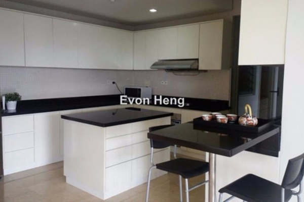 For Rent Condominium at The CapSquare Residences, Dang Wangi Freehold Fully Furnished 4R/4B 6.9k