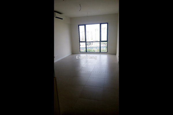 For Rent Condominium at Nova Saujana, Saujana Freehold Semi Furnished 2R/2B 1.6k