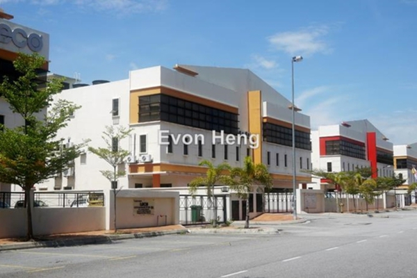 For Rent Factory at Section 51, Petaling Jaya Leasehold Unfurnished 0R/0B 32k