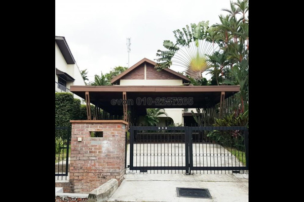 For Rent Bungalow at Taman Bukit Damansara, Damansara Heights Freehold Semi Furnished 5R/5B 16k