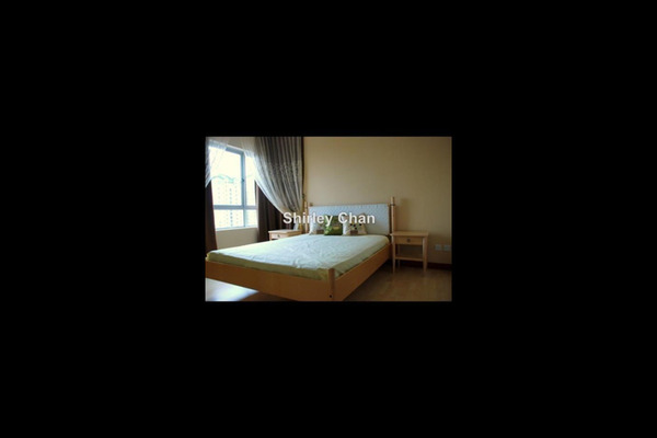 For Sale Condominium at Kiara Designer Suites, Mont Kiara Freehold Semi Furnished 3R/2B 900k