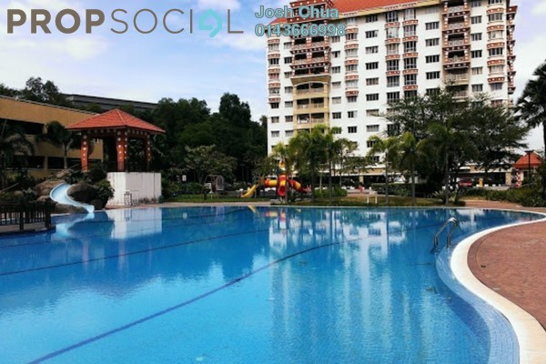 For Sale Condominium at Koi Tropika, Puchong Freehold Unfurnished 3R/2B 385k