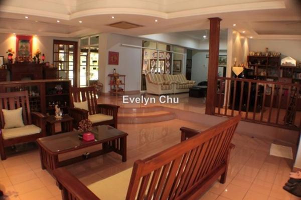 For Sale Bungalow at Taman Bukit Baru, Bukit Beruang  Semi Furnished 5R/4B 1.38m