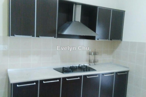 For Sale Townhouse at Laman Impian, Sunway Damansara Leasehold Semi Furnished 3R/4B 1.2m